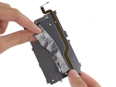 Replace the touch sensor cable from iPhone
