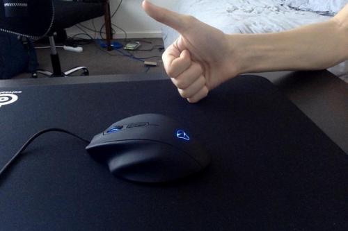 Mionix Naos 8200 gaming mouse