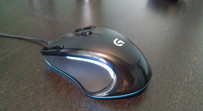 Logitech G300s mouse review