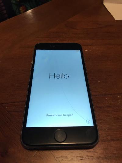 Apple-iPhone-6s-16GB-cracked
